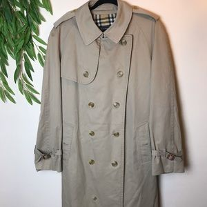 Men's Vintage Burberry's Traditional Trench Coat